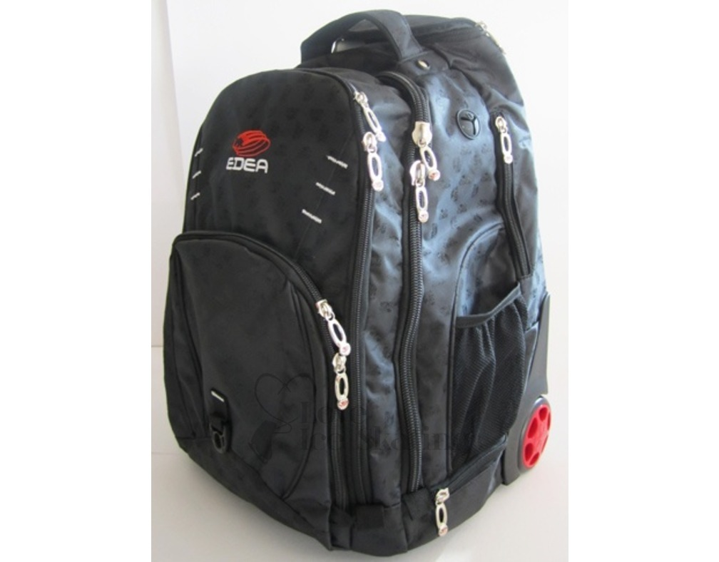 Zuca Ice Skating Bags are an excellent way to carry and store your Ice Skates, even has a built in seat! choose the colour of the frame as well as a massive range of inserts (the bag itself) massive amount in stock ready to ship.